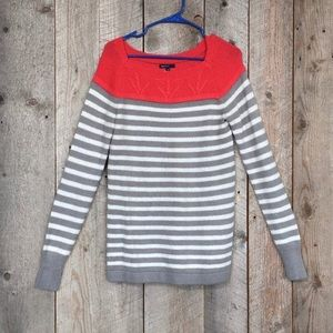 Gap Maternity Coral, Grey, White Sweater Sz. S
